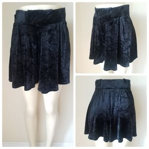 Tadaski Vintage Crushed Velvet Shorts Black
